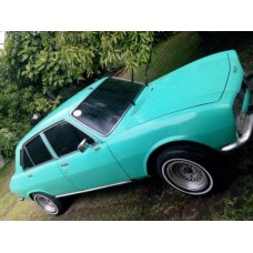 Peugeot 504 cantiq tahun 1977